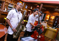 Live Jazz Trio @ Mom Tri's Kitchen