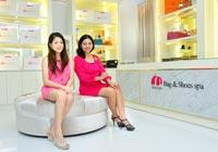 สัมภาษณ์ คุณปภาวินท์ ปจันทบุตร และคุณสรินณากรณ์ พินิจ - เจ้าของร้าน Momoko Bag & Shoes Spa สาขาภูเก็ต